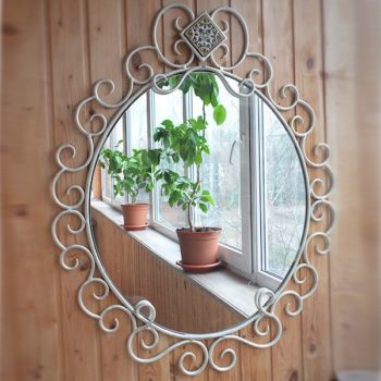 зеркало с элементами ковки
